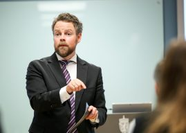 Næringsministeren blogger: – Skal gjøre det lettere for bedriftene