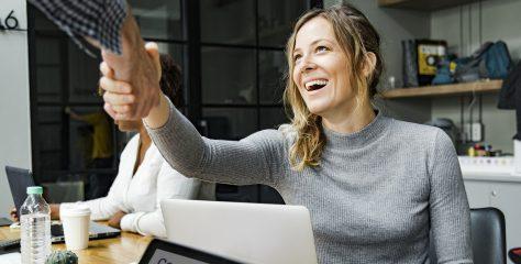 Gratis eGuide: Hva må du tenke på før du kjøper eller selger et selskap?